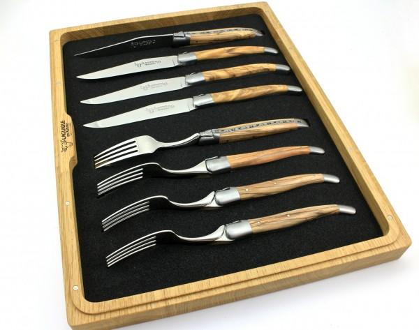 Laguiole en Aubrac Laguiole cutlery Set of 8 Olivewood